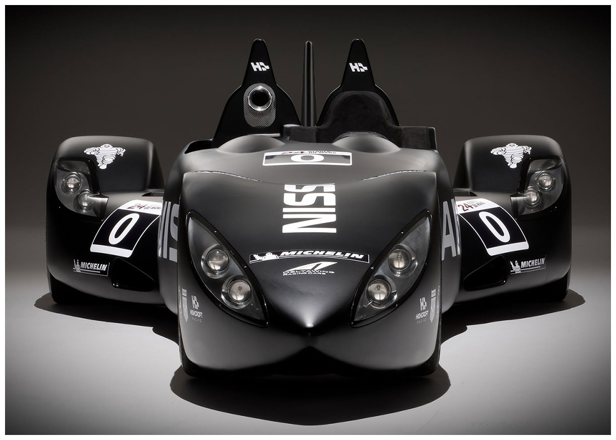 aaanissan-deltawing1